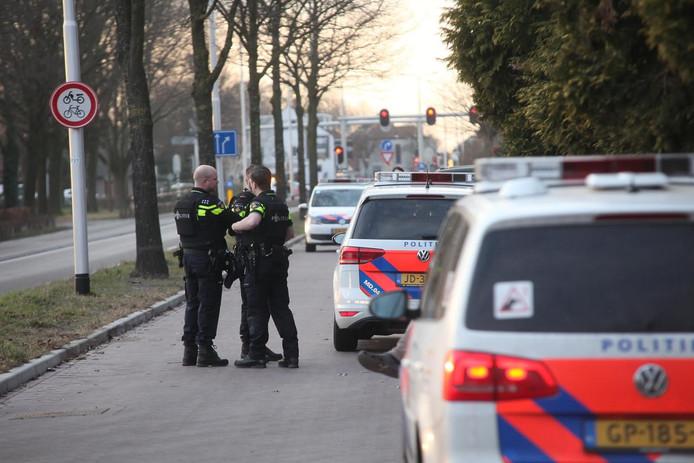 De Rijksweg in Dorst is volledig afgesloten.