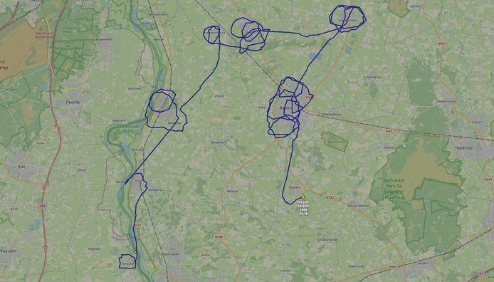 Dit is de route dat het Carmel College-vliegtuigje heeft afgelegd.