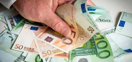 Lelystad betaalt ineens niet meer het meest aan wachtgeld voor oud-wethouders