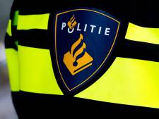 Rotterdammer vast voor vuurwerk en wapens