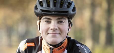 Rens (15) uit Almelo overwon kanker en fietst nu zelf Giro di KiKa