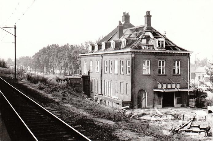 Sloop van het NS-station in Geldrop (1972).