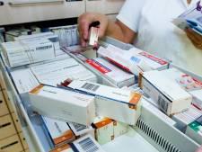 Minister Bruins wil bijna half miljard besparen op medicijnkosten