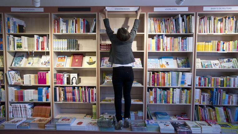 Een boekenkast in Scheltema Beeld anp