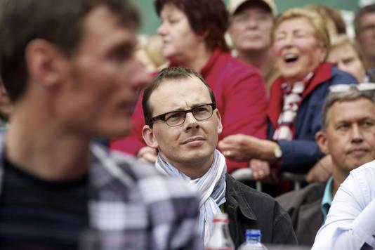 CD&V-voorzitter Wouter Beke is van de streek en hij kwam ook een kijkje nemen.