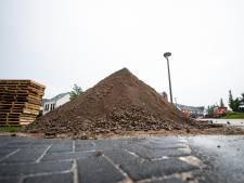 Stofje PFOS zorgt voor onrust in Twentse bouwwereld: vertraging verbreding A1 dreigt