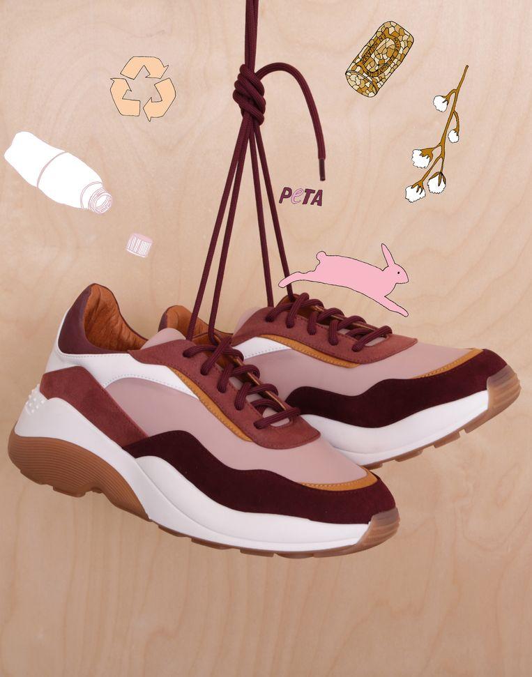 'Future'-sneaker in maat 36-41, € 210. Beeld null