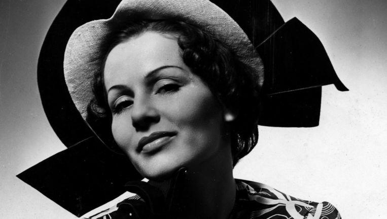 In de documentaire A Family Affair onderzoekt Tom Fassaert het verhaal achter zijn grootmoeder, het 95-jarige voormalig model Marianne Hertz. Beeld