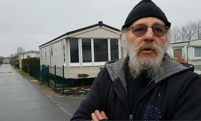 François Spreuwers trof Dave Bertram levenloos aan in zijn caravan en belde de hulpdiensten. Alle hulp kwam echter te laat.