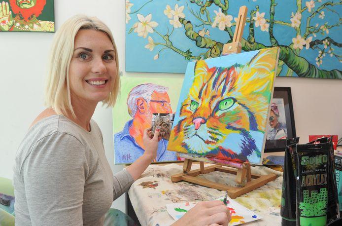 Kunstenaar Heather Hunt schildert onder meer huisdieren.