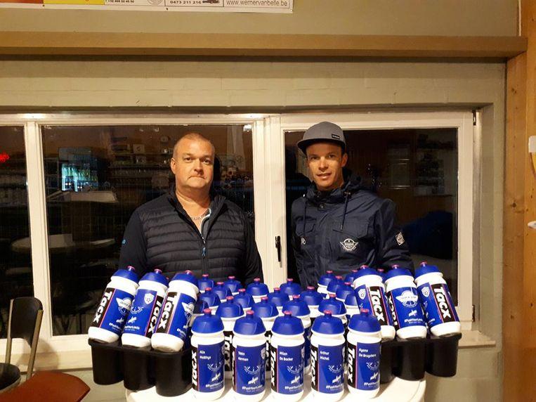 FC Destelbergen heeft gepersonaliseerde drinkbussen met dank aan Iljo Keisse en Quickstep.