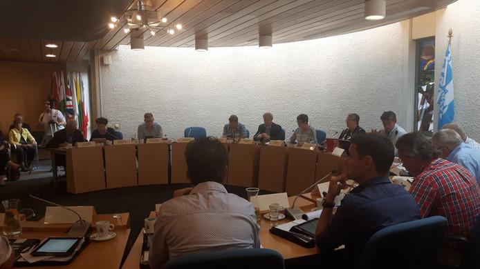 De gemeenteraad van Haaren sprak donderdag onder meer over jongeren in Helvoirt.