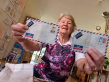 'Happy end' voor de brievenspeurtocht van Els (72) uit Elburg, post gaat terug naar de schrijvers