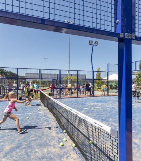 Rijssense tennisclub De Mors dubbelt gewoon door ook met populaire padel