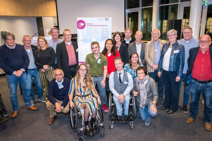 In Breda ondertekenden woensdagavond vertegenwoordigers van achttien organisaties een toegankelijkheidsakkoord.