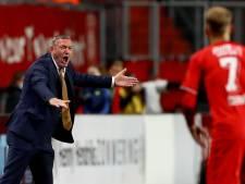 FC Twente-trainer Ron Jans kritisch ondanks koppositie: 'We moeten beter gaan voetballen'