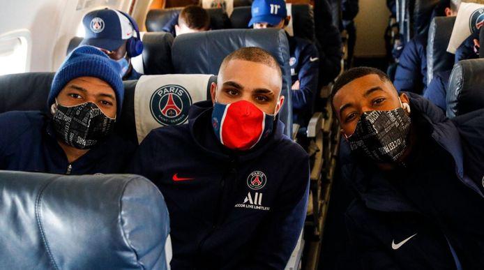 Mbappé, Kurzawa et Kimpembe dans le jet privé