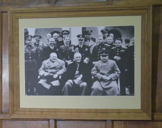 La célèbre conférence de Yalta a permis, en février 1945, d'unifier les forces alliées et de précipiter la défaite de l'Allemagne nazie (le Premier ministre Winston Churchill, le président américain Franklin Roosevelt et leader soviétique Joseph Staline)
