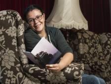 Petra (36) uit Zenderen heeft autisme en schrijft gedichten: 'Ik móet schrijven, anders word ik boos of klap ik dicht'