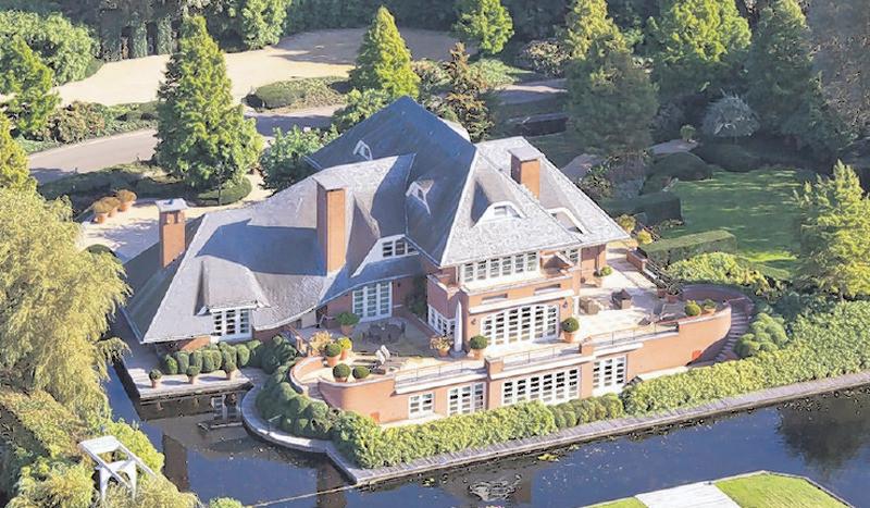 Duurste huis op funda vinkeveense villa 9 2 miljoen foto - De gevels van de huizen ...