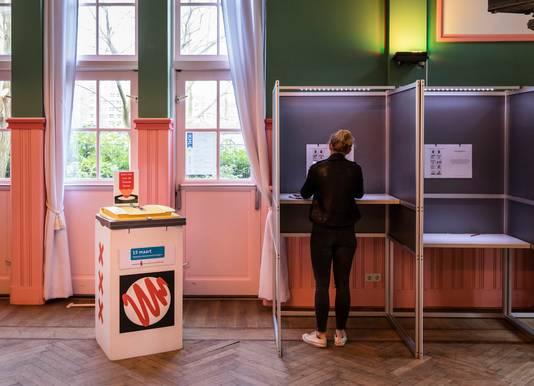 Een stembureau in Amsterdam.