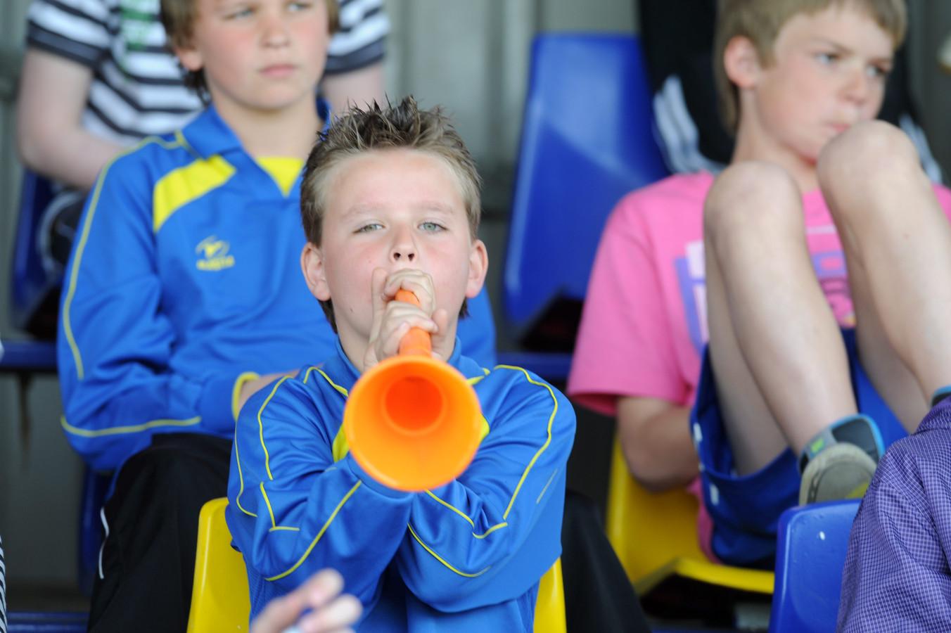 Vroomshoopse Boys viert feest, net als deze jonge supporters in 2010 toen 'de Boys' kampioen werden.