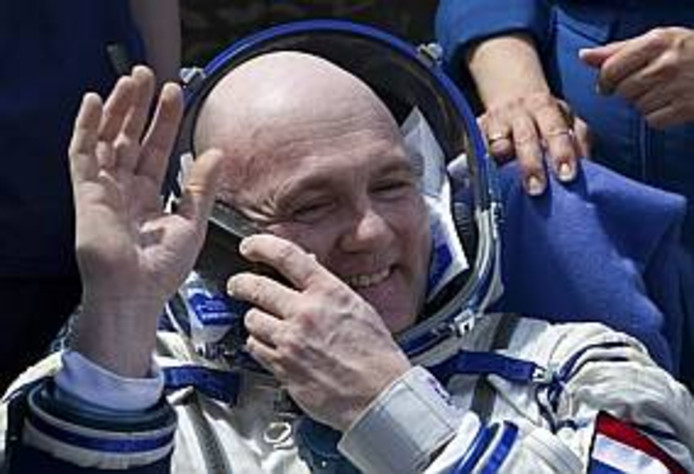 André Kuipers aan boord van ISS.