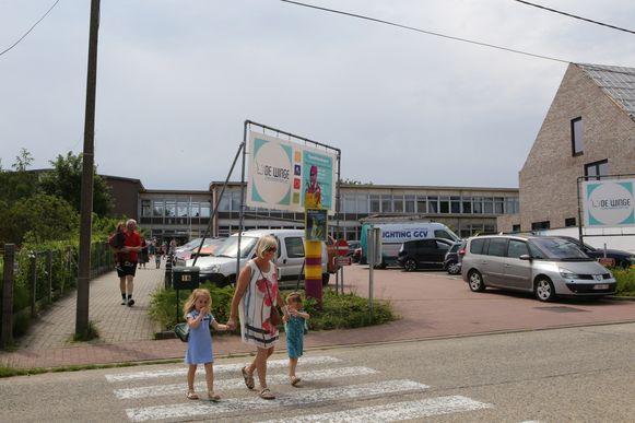 De vader mag het schoolgebouw van basisschool de Winge niet meer binnen.