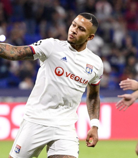 Memphis helpt Lyon met rake penalty aan punt tegen Zenit