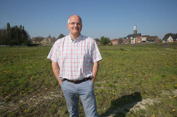 "Buurtbewoner Johan Delmulle: ""Het Ottenstadion was mijn speeltuin."""