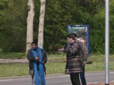 Beau helpt Zwolse scheldende dakloze Sunil (42): 'Dit katje pak je niet zonder handschoentjes aan'