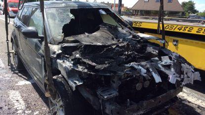 Range Rover brandt uit na technisch defect