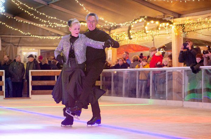 Opening Winterland Oss met een demo van Freestyle Iceskaters. Fotograaf: Van Assendelft/Jeroen Appels