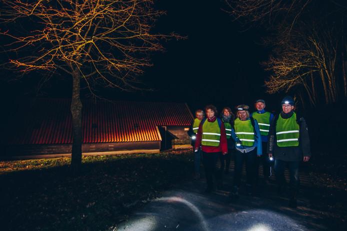 De Katoentjestocht is wandelen in het donker in Nijverdal en omgeving.