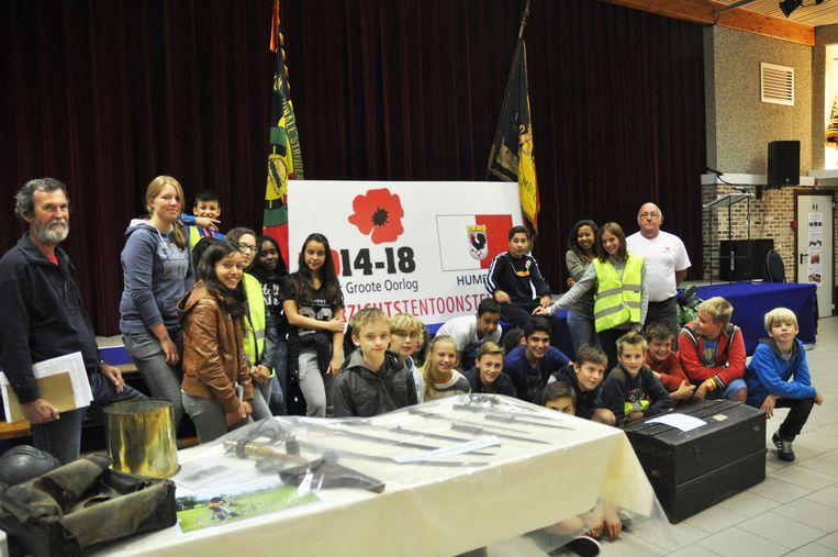 Leerlingen van Grimbergse scholen kwamen de tentoonstelling bezichtigen.