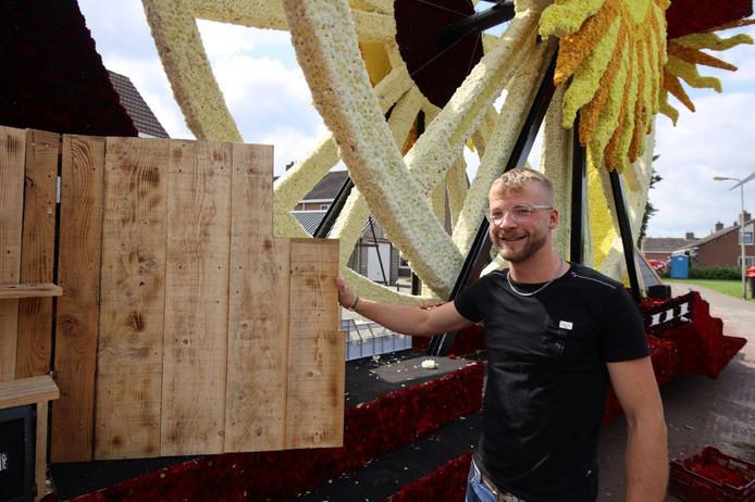 De bouwers moesten dit jaar creatief zijn bij gebrek aan materiaal. Diverse groepen namen hun toevlucht tot hout, zoals de groep Forza.