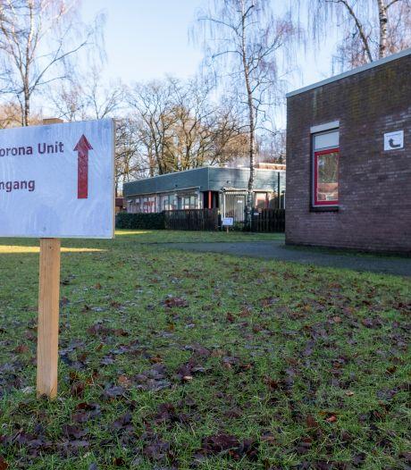 Bewoners 's Heeren Loo juichen: vaccineren Apeldoorn en Ermelo begint maandag