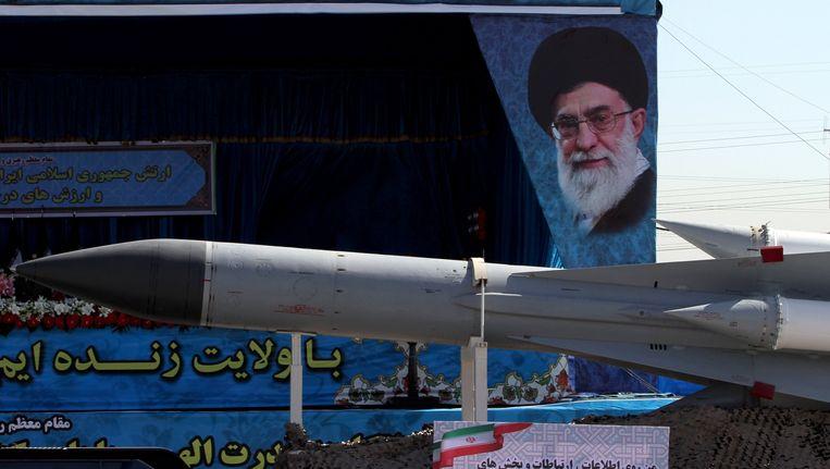 Op 18 april toonde het Iraanse leger nog allerlei materieel tijdens de Nationale Legerdag in Teheran.