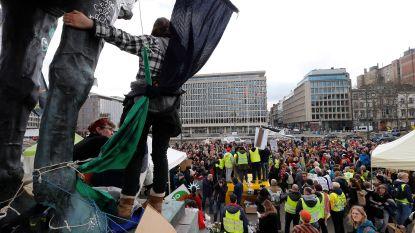 Klimaatactivisten nemen afscheid van Troonplein na drie dagen van protest