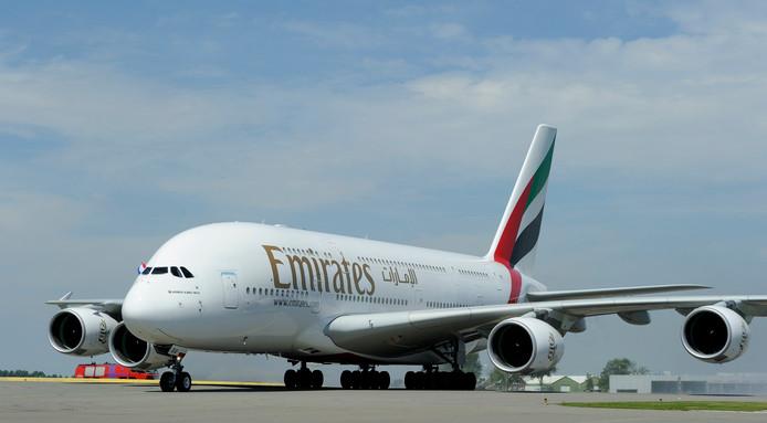 De Airbus A380 van de luchtvaartmaatschappij Emirates is het grootste en zwaarste passagiersvliegtuig ter wereld en kan ruim 500 passagiers herbergen.