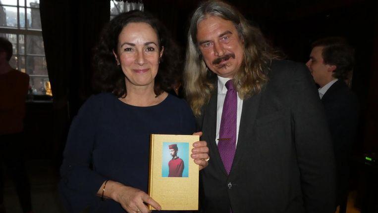 Ilja Leonard Pfeijffer, auteur van Grand Hotel Europa, en burgemeester Femke Halsema, 'the grandest lady in town'. Beeld Hans van der Beek
