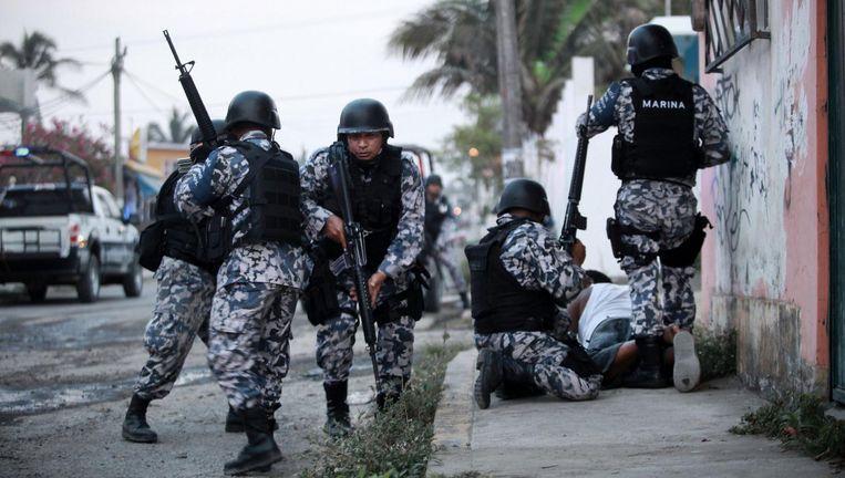 Mariniers tijdens een antidrugsoperatie in het Mexicaanse Veracruz. Beeld Felix Marquez