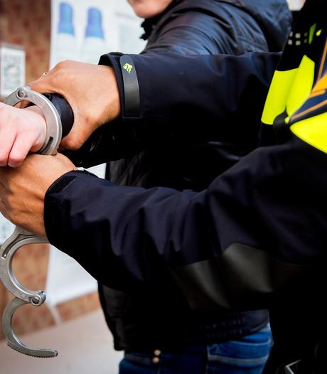 Politie vindt wapen in auto Krimpen aan den IJssel