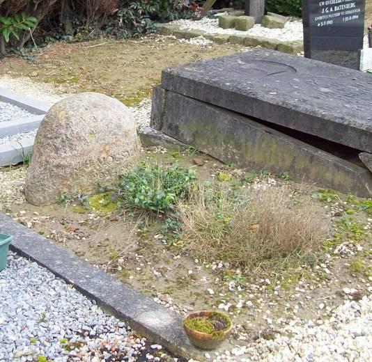 Het graf van Jopie Moesman in Schalkwijk