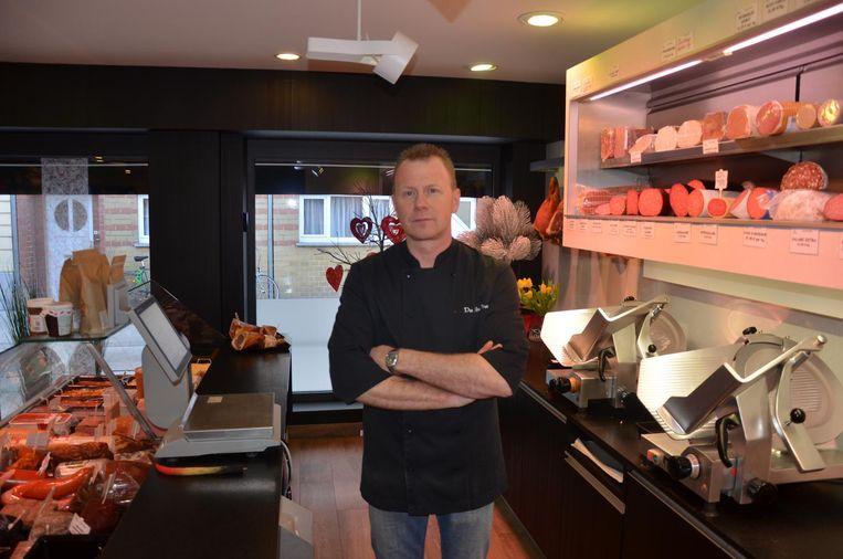 Voor slager Frank De Nul mogen de werken in de omgeving van de Zelestraat stilaan ophouden.