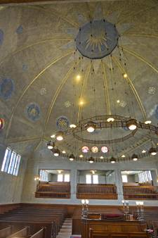 Enschedese Synagoge toont verborgen schatten