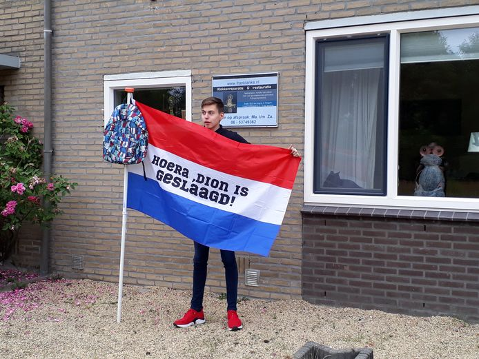 Dion Tanke uit Hengelo is geslaagd