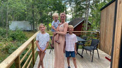 """""""Dat gaat hier sneller dan een verkeerslicht"""": Kapels gezin in Zweden denkt eraan om reis toch niet af te breken nu dat code rood plots oranje wordt"""