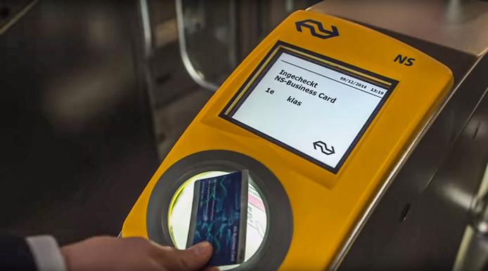 Treinreizigers hebben massaal gefraudeerd met NS-businesscards en de regeling geld terug bij vertraging