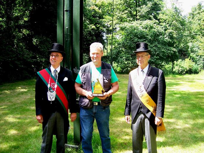 De huidige koning is Hans Rulo van vogelvereniging Aviarium. Hij wordt geflankeerd door de regerende dekens Frans Verhoeven Leo van Heertum.